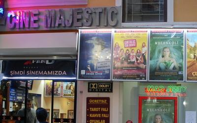 harat-net-istanbul-places-cinema-beyoglu-cine-majestic-sinema