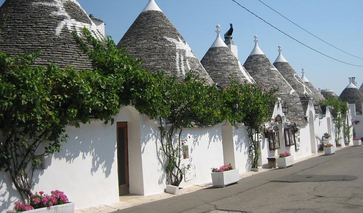 harat-net-italya-seyahat-20-neden-reasons-to-travel-puglia-apulia-italy-trulli-Alberobello
